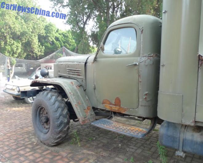 jiefang-command-vehicle-china-6