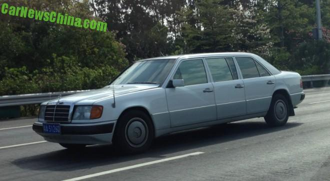 Spotted in China: W124 Mercedes-Benz E-Class Six-door limousine