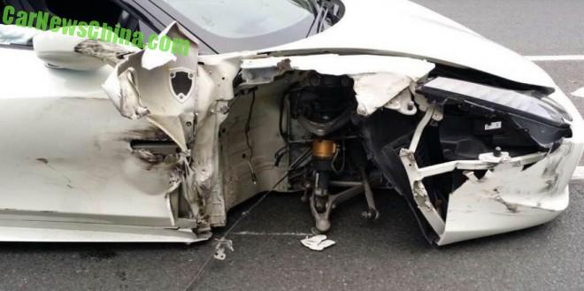 ferrari-458-crash-china-2