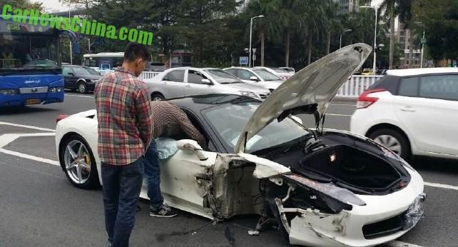 ferrari-458-crash-china-4