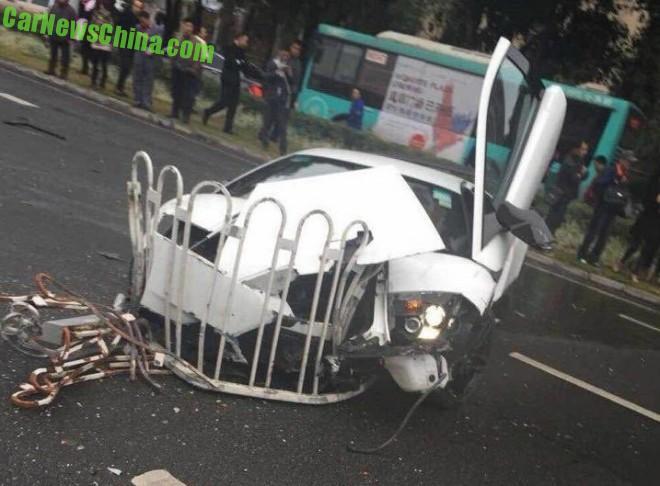 lamborghini-crash-china-1-5