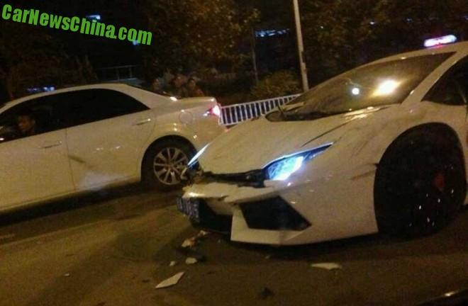 lamborghini-crash-china-1-9f