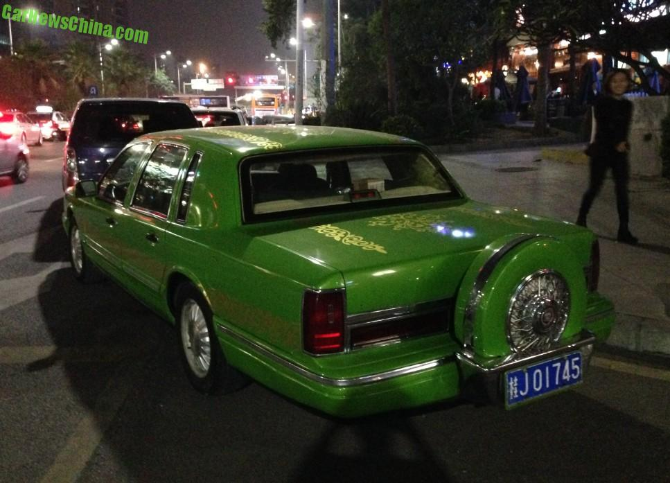 Spotted In China Lincoln Town Car Is A Fine Green Frog