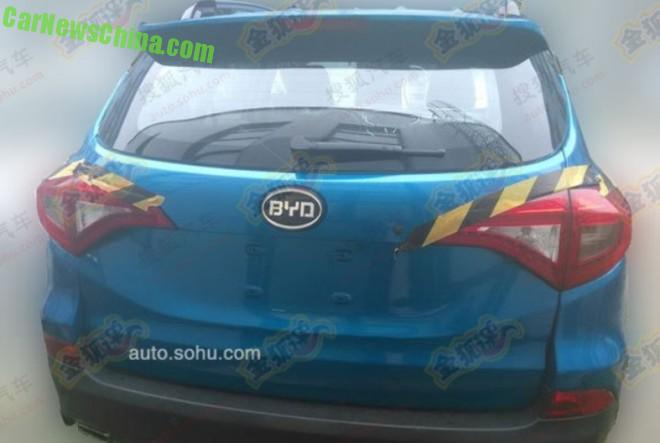 byd-s3-china-suv-4
