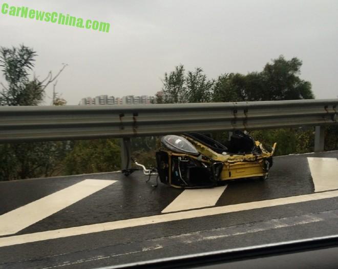 ferrari-f430-china-crash-3
