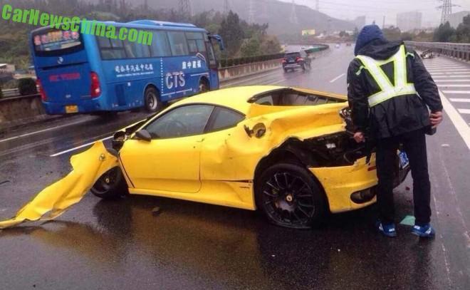 ferrari-f430-china-crash-4