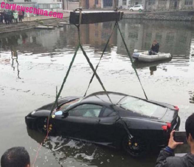 ferrari-f430-crash-china-2