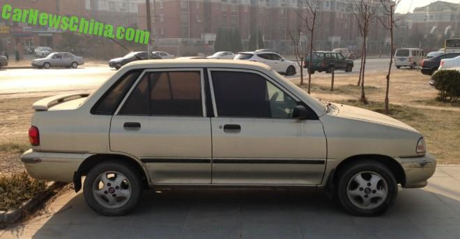 kia-pride-sedan-china-1-2