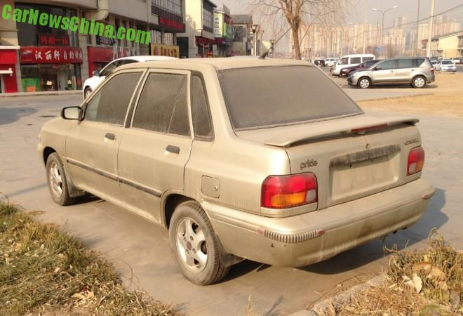 kia-pride-sedan-china-1-3