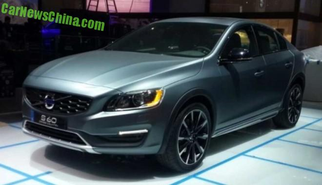 Sneak Preview: the new Volvo S60 Cross Country sedan LIVE at the Detroit Auto Show
