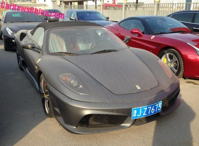 Ferrari F430 Scuderia Spider 16M is matte black in China