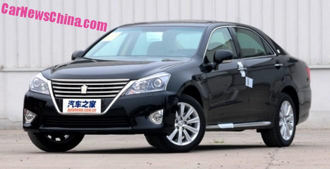 toyota-crown-china-2