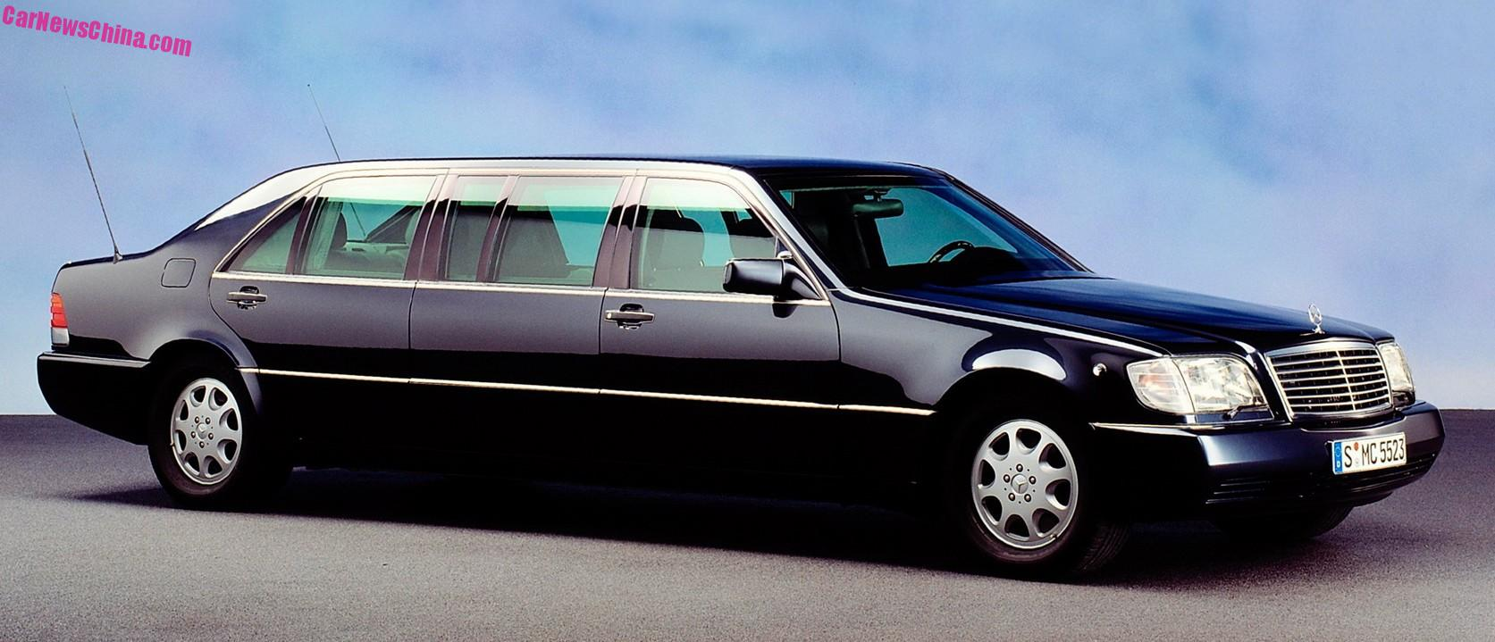 spotted in china w140 mercedes benz s600 pullman limousine. Black Bedroom Furniture Sets. Home Design Ideas