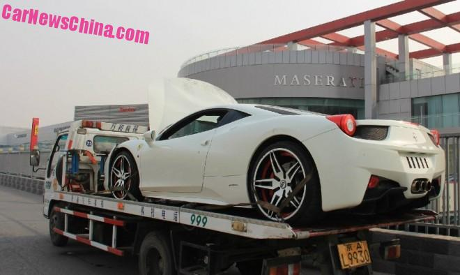 ferrari-458-china-crash-white-4