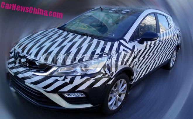 Spy Shots: Geely Cross testing in China
