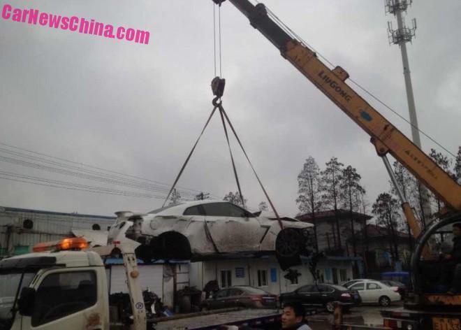 nissan-gtr-china-crash-5