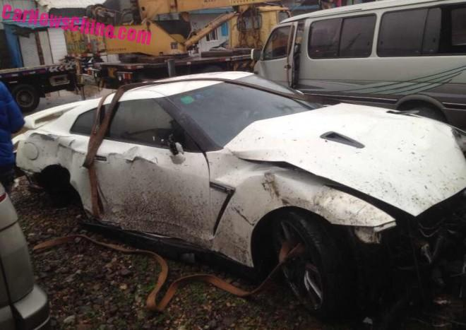 nissan-gtr-china-crash-6