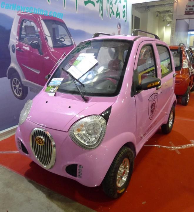 Shandong EV Expo in China: the Shengxin Panda, in pink
