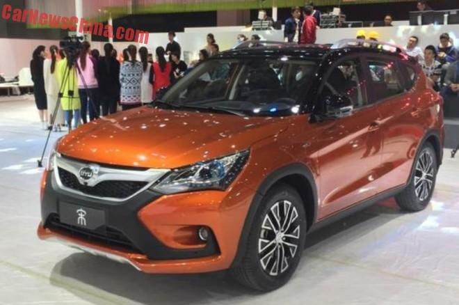 BYD Song hybrid SUV is Naked in Shanghai