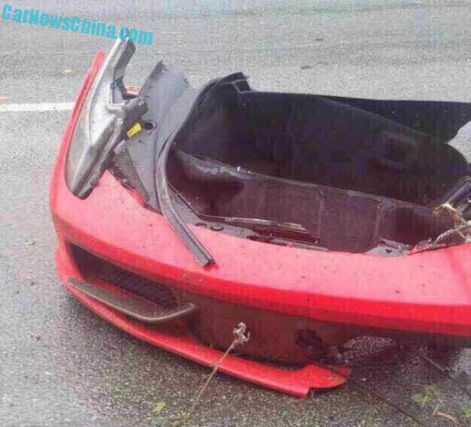 ferrari-458-crash-china-9-3