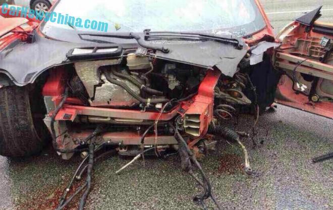 ferrari-458-crash-china-9-4