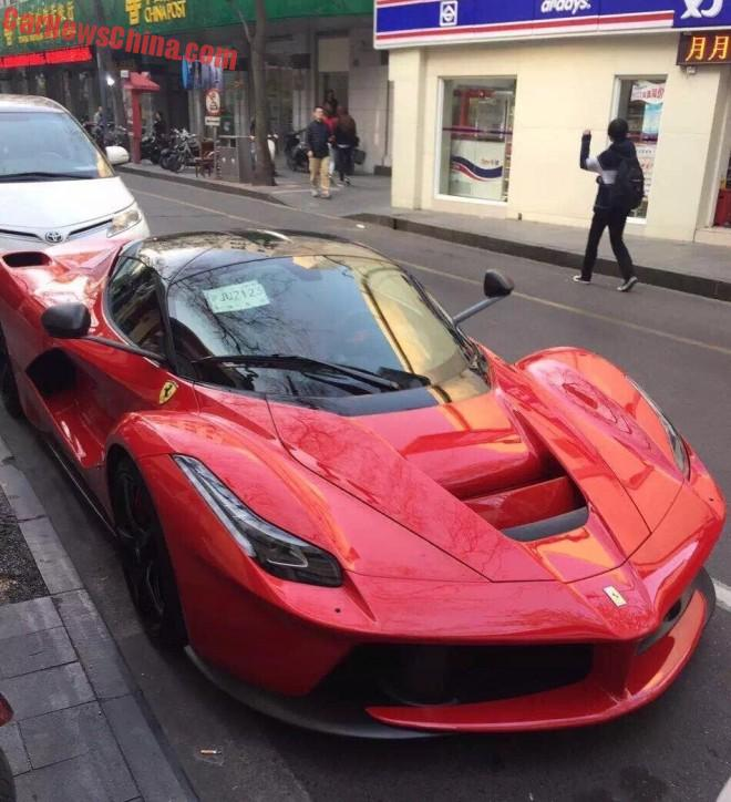 ferrari-laferrari-crash-china-9a