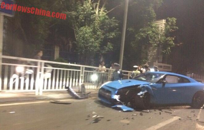 Baby Blue Nissan GT-R Crashes in China