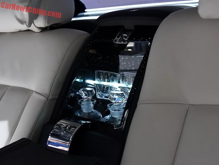2015 Rolls Royce Phantom Limelight Wallpaper: Rolls-Royce Phantom Limelight Launched On The Shanghai