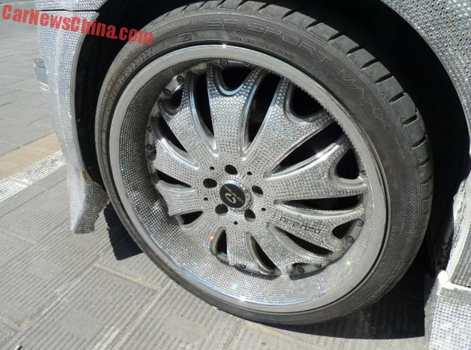 chrysler-300c-china-glitter-2a