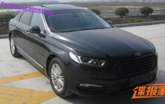 Spy Shots: 2016 Ford Taurus is Naked in China