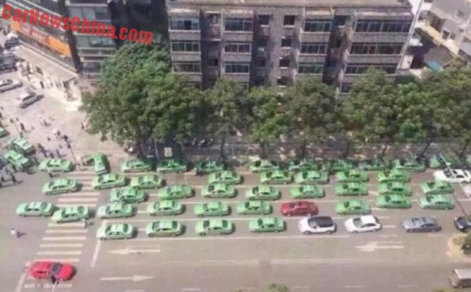 Chinese taxi drivers on Strike against Uber