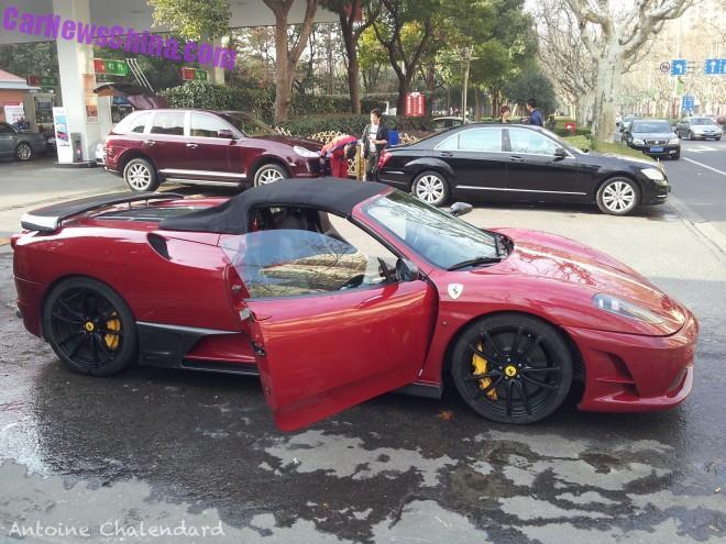 Spotted in China: Ferrari F430 Scuderia Spider 16M