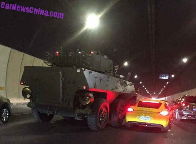 Tank Destroyer hits on a Porsche Cayman in China