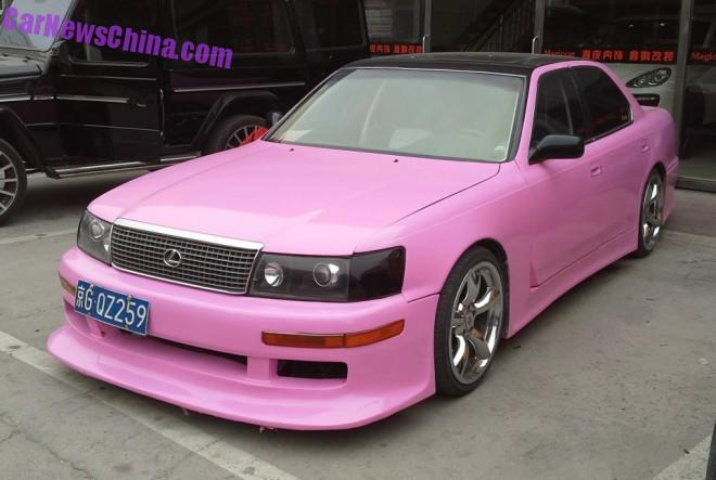 First Generation Lexus LS400 is Pink with a Body Kit in China