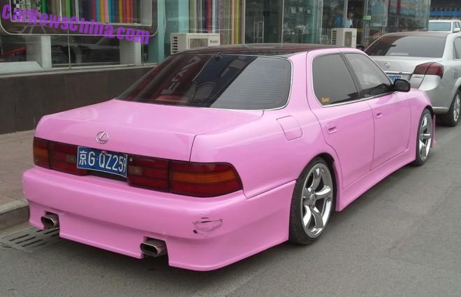 lexus-pink-china-2