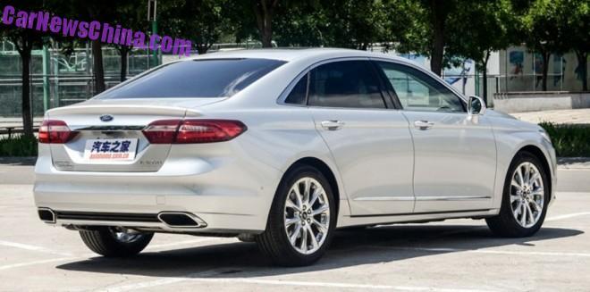 ford-taurus-china-silver-3