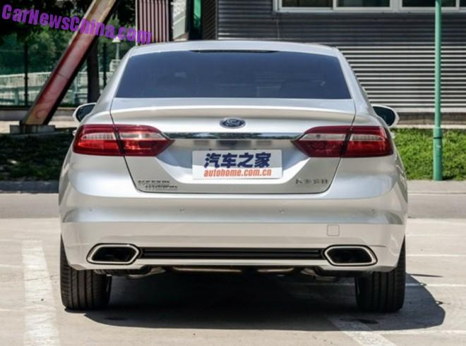 ford-taurus-china-silver-5