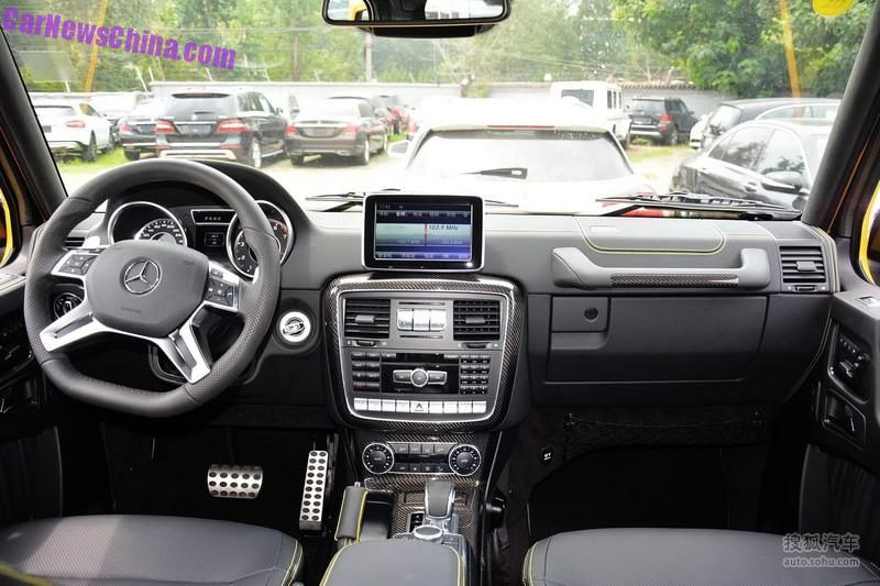 the interior comes with a flat bottomed steering wheel alu perforated pedals and black leather seats with stitching in the same color as the body - G Wagon Matte Black Interior