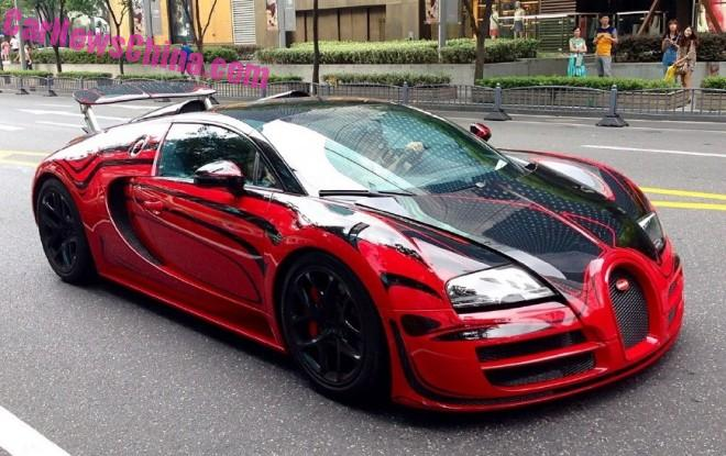 Bugatti Veyron L'Or Style Vitesse hits the Road in Shanghai, China