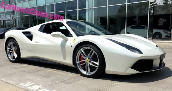 ferrai-488-spider-china-7