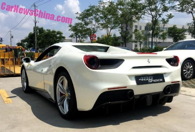 More Photos of the Ferrari 488 Spider in China