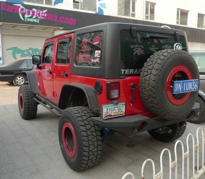 jeep-wrangler-china-rock-2