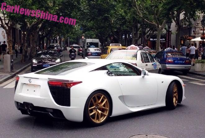 lexus-lfa-china-white-6