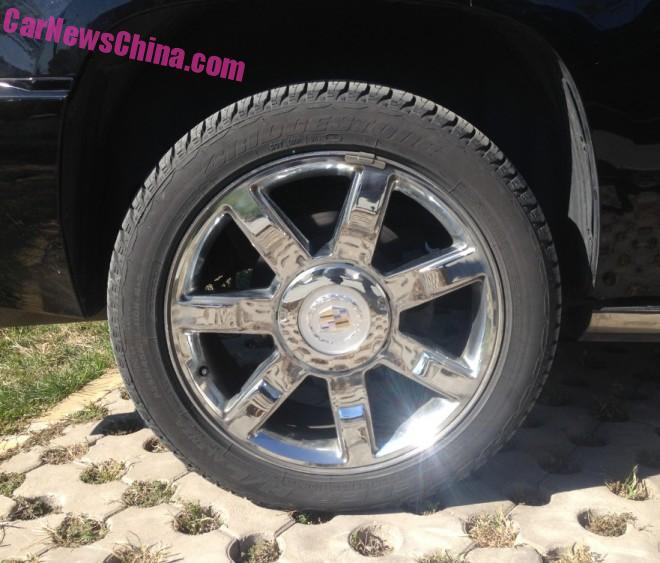 cadillac-stretched-china-3
