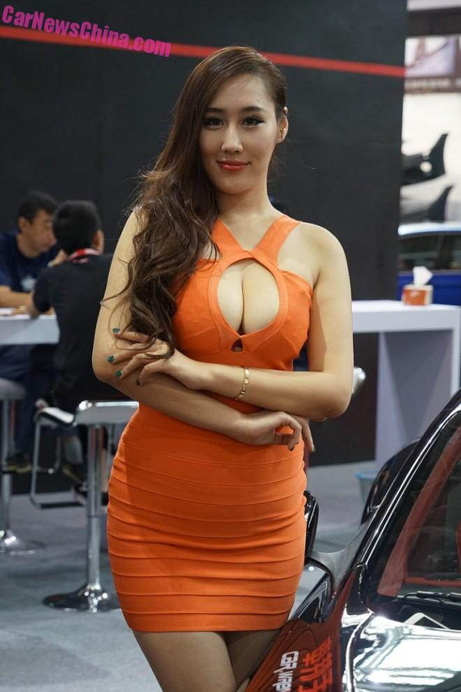 Chinese Car Girls at the Tuning Show in Shanghai