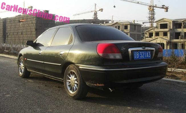ford-mondeo-m2000-68