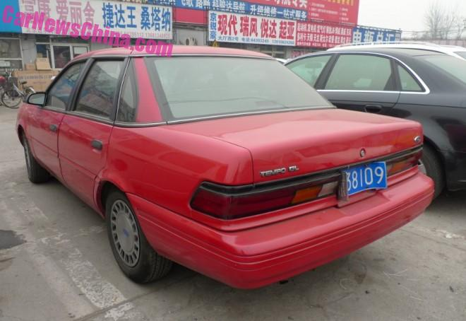 ford-tempo-red-china-3