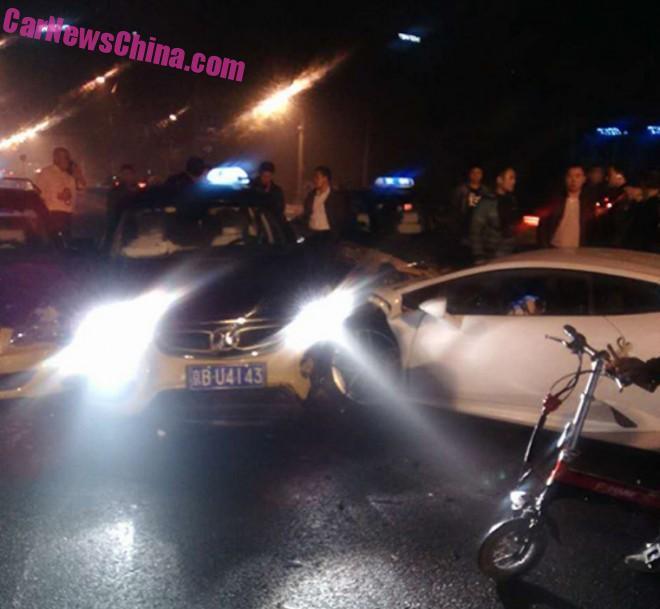 lamborghini-crash-china-1