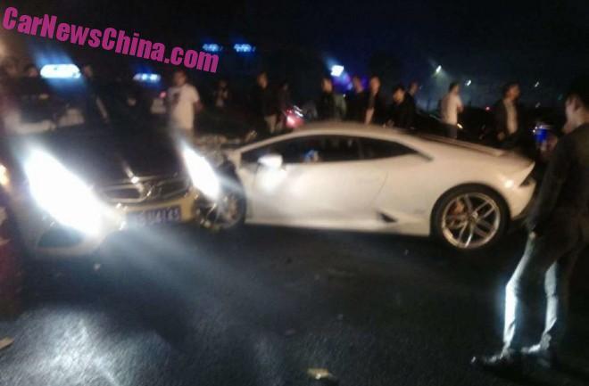 lamborghini-crash-china-3