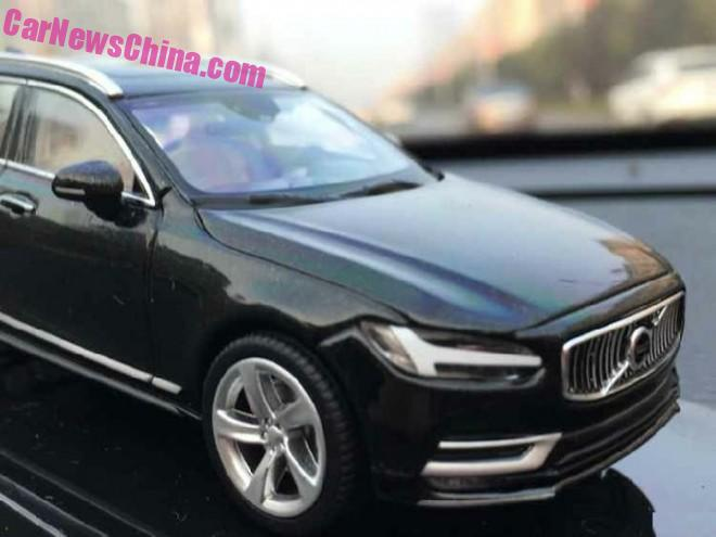 volvo-v90-liquid-blue-6